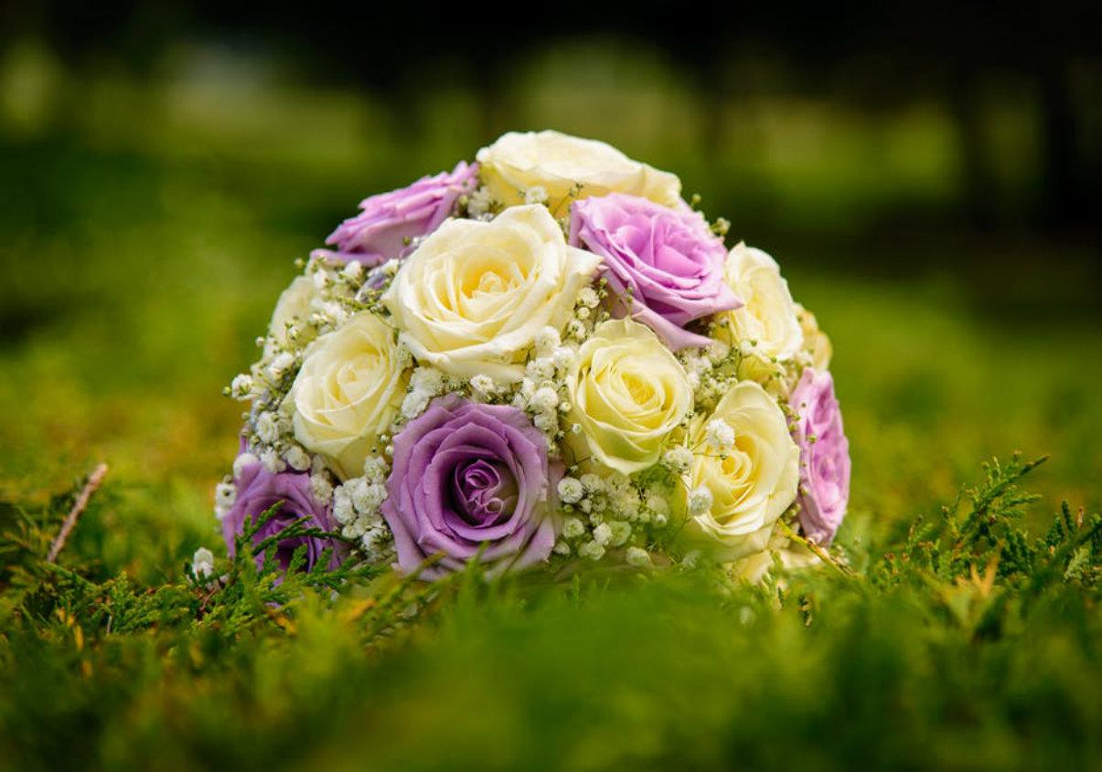 Top 5 bó hoa quốc tế phụ nữ đáng tặng vào dịp 8/3 này - Hoa Cưới Kim Anh